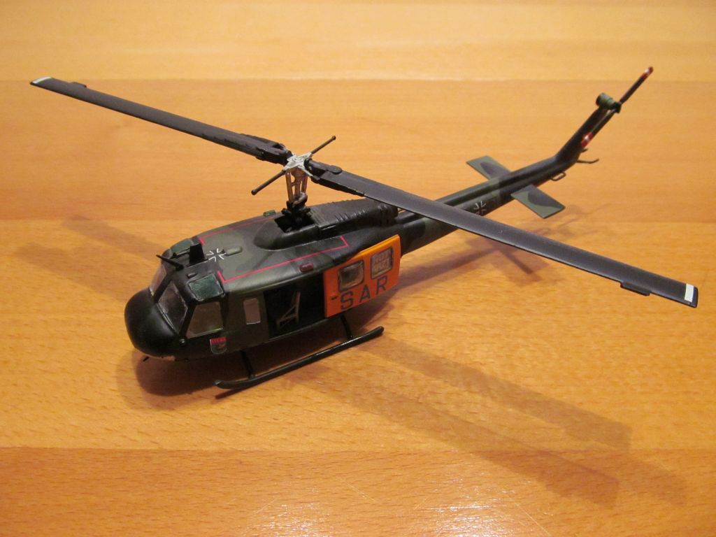 Bell UH-1D 72 (3)-small.jpg