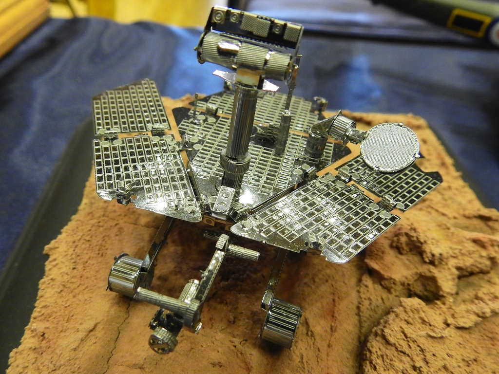 zz_mars rover 72 metal earth.jpg