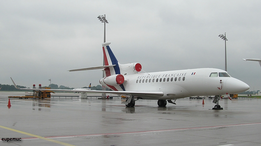 zz_Republique Francaise - Falcon 7X.jpg